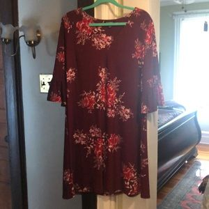 Burgundy floral shift dress - worn once